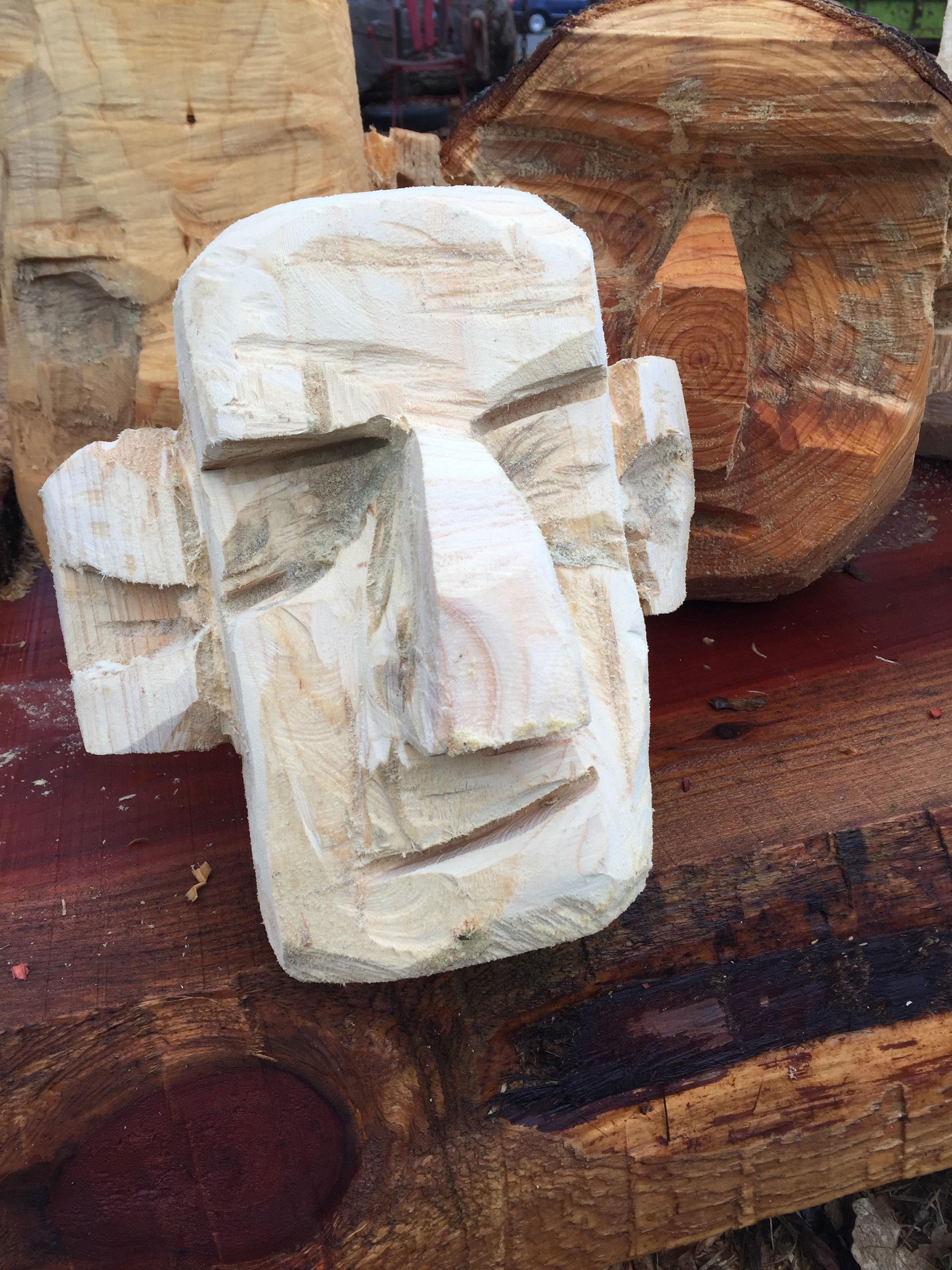 Holz Koepfe